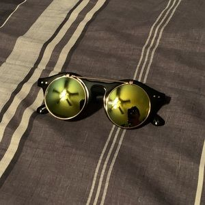 Round Frame Flip up sunglasses